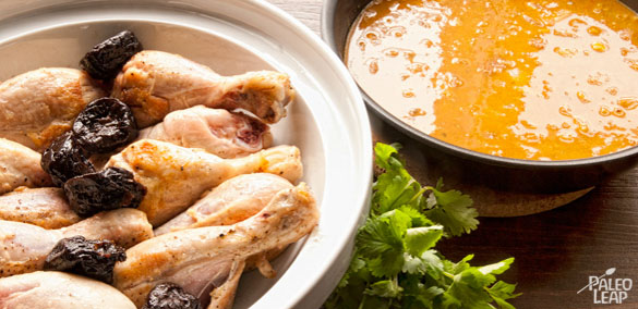 Braised Chicken in Carrot Juice With Prunes preparation