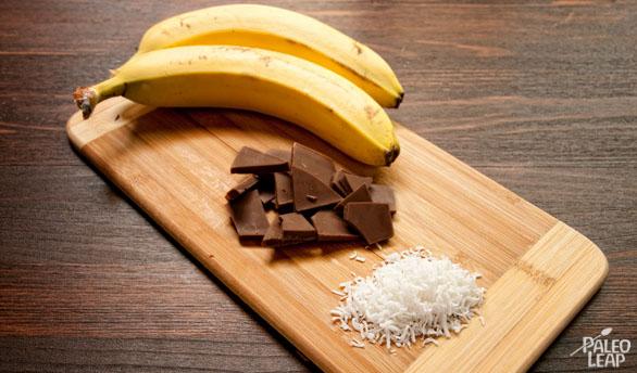 Chocolate Banana Boats preparation
