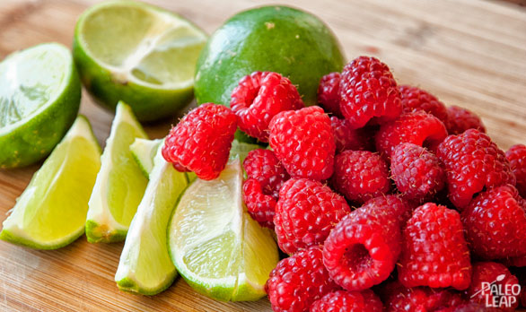 Raspberry lime Flavored Water preparation