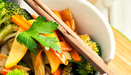 Apple and Vegetable Stir-Fry