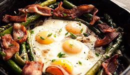Baked Eggs With Asparagus and Leeks
