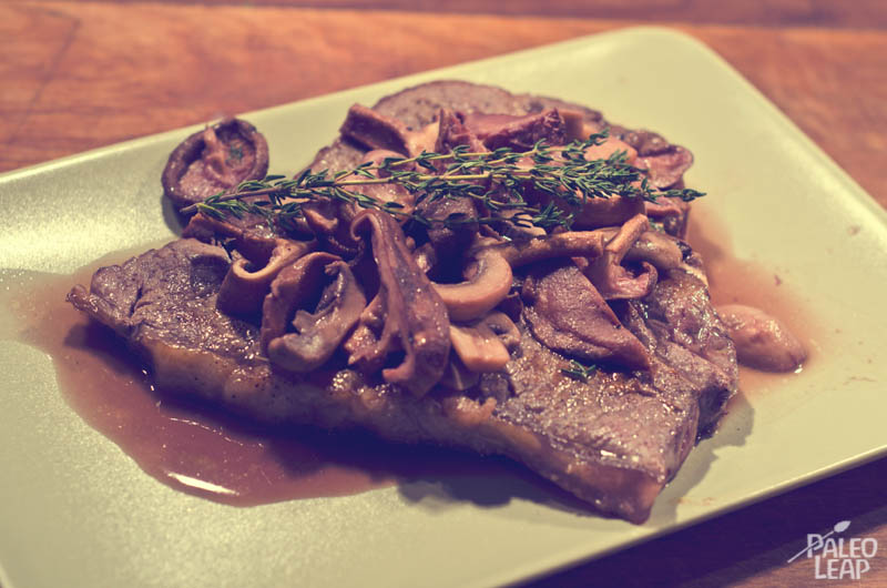 Steaks With Mushrooms And Red Wine Reduction