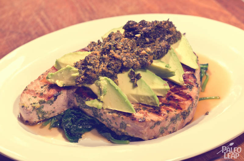Tuna Steak With Avocado And Simple Marinade