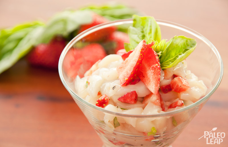 Scallop tartare with strawberries