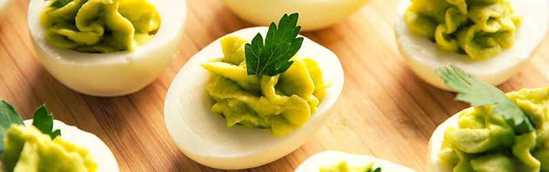 guacamole-stuffed-eggs-easter