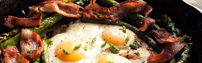 bake-eggs-asparagus-top