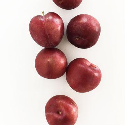 Paleo Foods: Plums